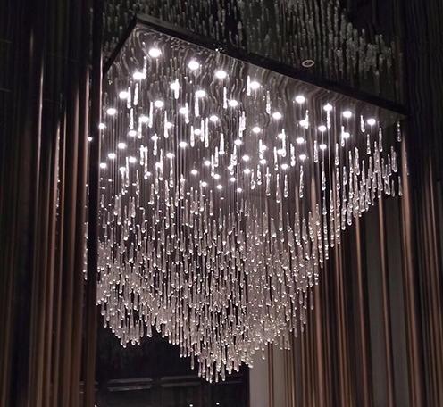 水晶灯定制设计前要考虑避免造成无法估量的损失