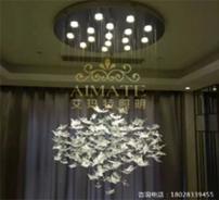 酒店水晶灯饰的样式比较经典而且比较耐看